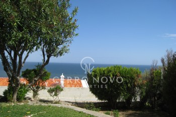 Semi detached villa split in 2  apartments with superb sea views