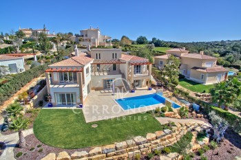 Four bedroom villa in Carvoeiro Algarve
