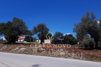 Building plot with good country views for sale in Alcantarilha-Silves