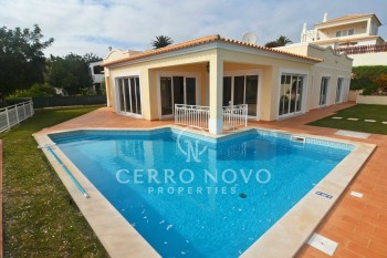 Well located three bedroom villa with sea views