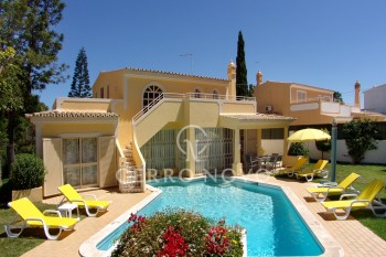 Three bedroom villa, full of character with pool and garden