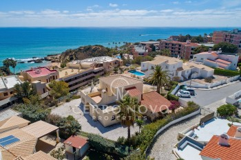 Two substantial properties with outstanding ocean views