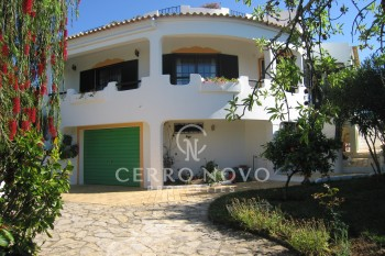 Three bedroom villa with pool and wonderful sea  and country views
