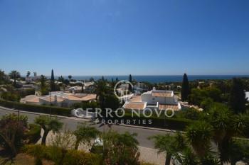 Two bedroom duplex apartment with sea view in walking distance to the beach