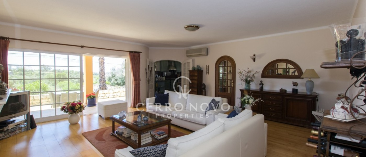 Superb two villa property with shared pool