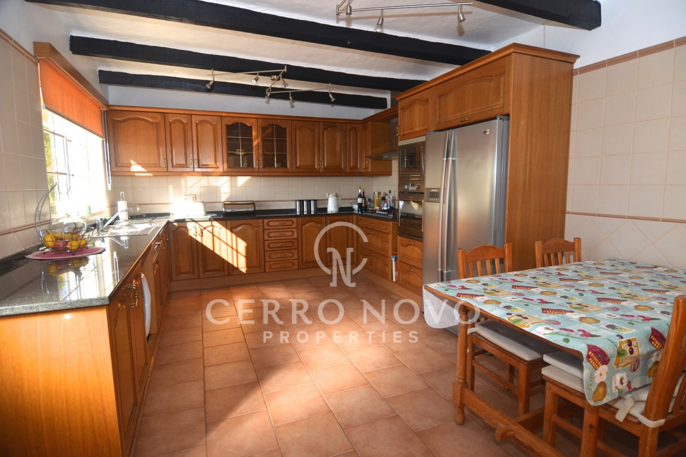Well positioned country three bedroom villa with pool and lovely views