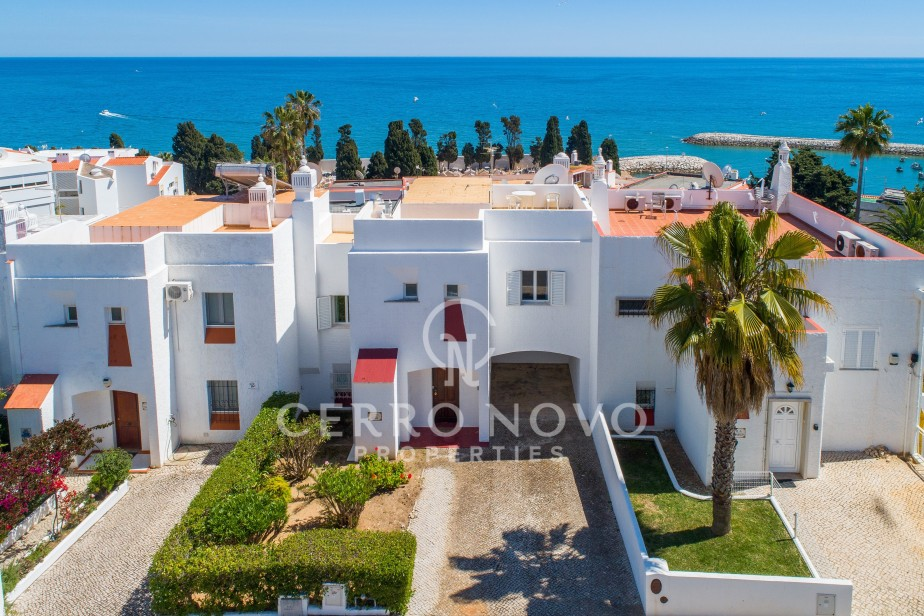 Four bedroom attached villa with spectacular sea views