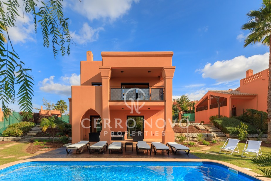 Three bedroom villas with private pool in the Algarve