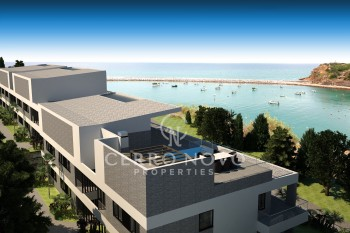 Outstanding frontline apartments with breathtaking sea views