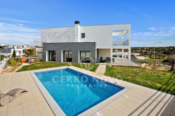 New contemporary four bedroom villa with private pool
