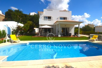 Lovely 3 bedroom villa with swimming pool in a beautiful complex